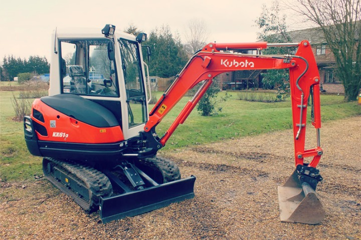 The Ideal 3 Tonne Excavator