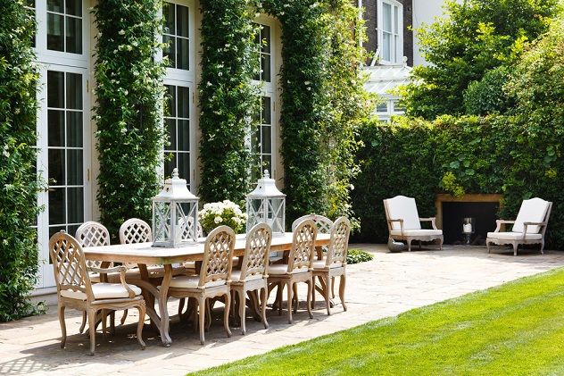 Joie de Vivre Outdoor Area with French Style Furniture